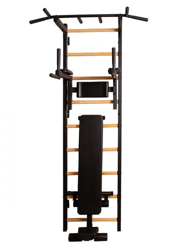 Czarna drabinka gimnastyczna BenchK 313 z ławką do ćwiczeń B310 B710