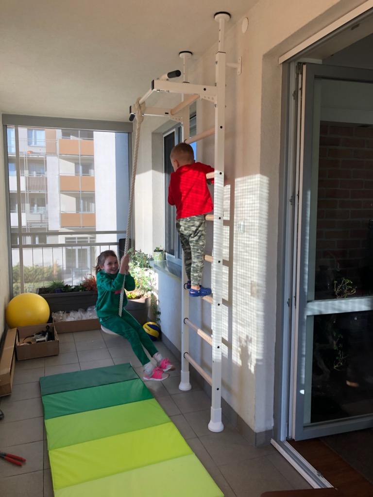 Drabinki gimnastyczne na balkonie BenchK